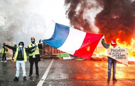 Angry French Citizens Protest Over Unstable Economy