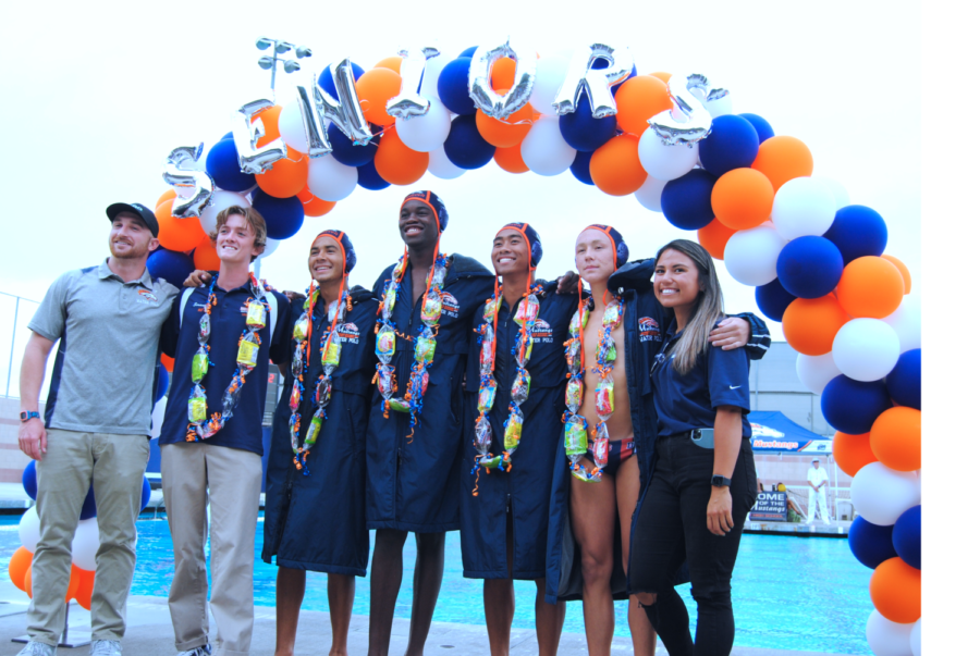 Waterpolo Senior Night Recap