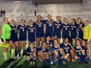 ERHS Girl's Soccer team via: Nelly Diaz